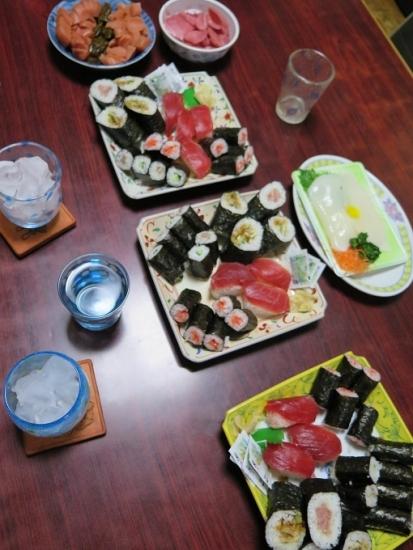 半額寿司と半額イカ刺身