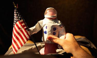 宇宙飛行士になったエルモ