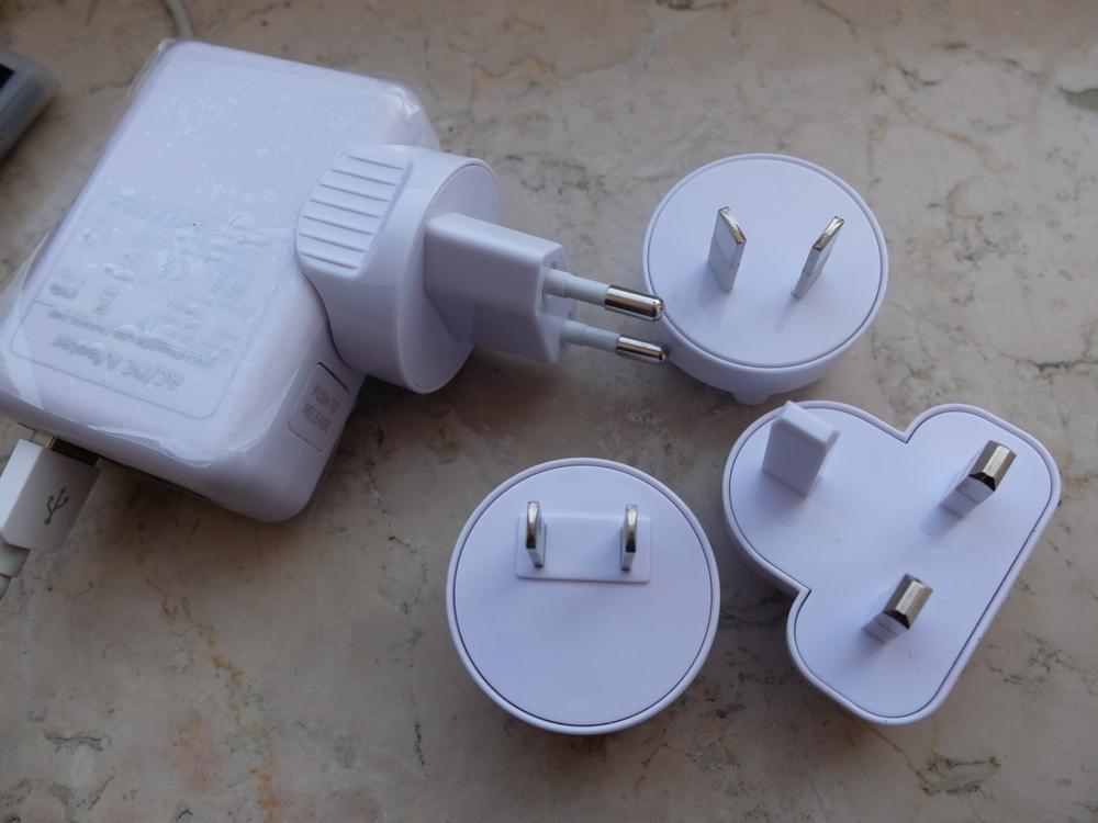 USB トラベルチャージャー02