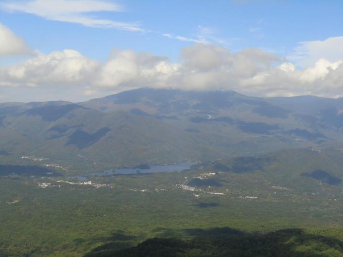 西吾妻山、雲がとれず