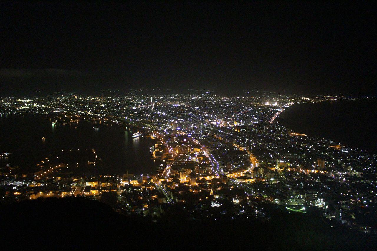 函館山の夜景-1