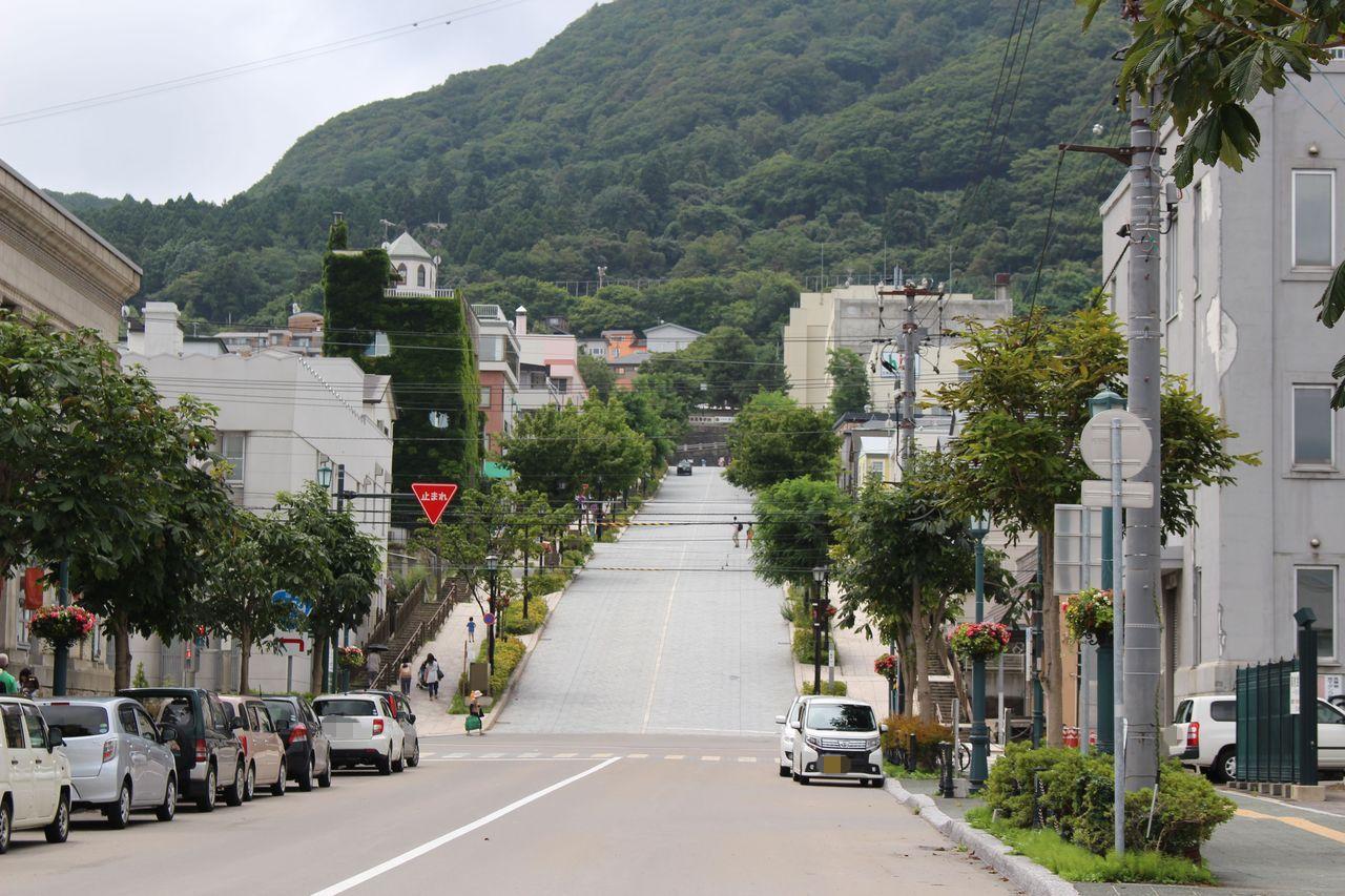 八幡坂-1