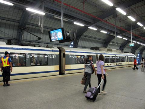 空港鉄道のエアトレイン