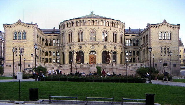 1024px-Stortinget,_Norway