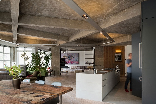 Clerkenwell-Loft-by-Inside-Out-Architecture-3.jpg