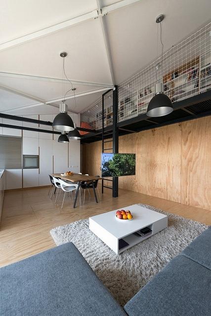 new-contemporary-home-4.jpg