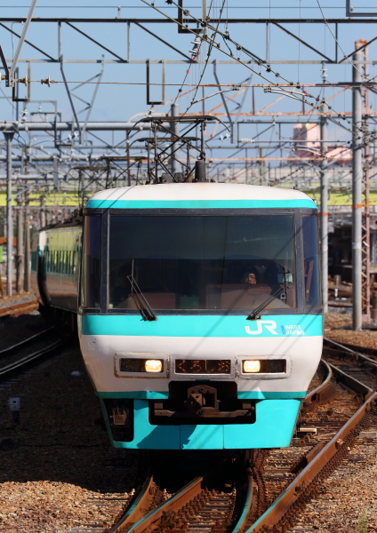 AM9P1295_1.jpg