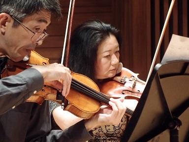 ヴァイオリン2人