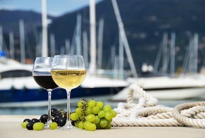 yacht-charter-Italy-wine-1.jpg