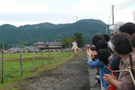 吉保八幡神社の流鏑馬