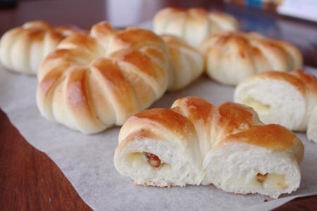150806クルミとチーズのチングパン2