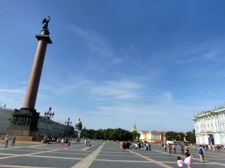 サンクトペテルブルク 宮殿広場1