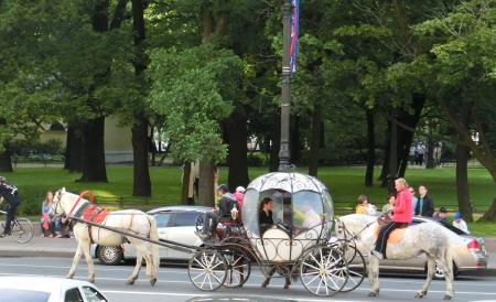 サンクトペテルブルク観光馬車