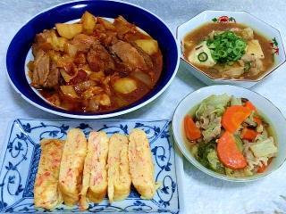 150918_3469ビーフシチュー赤ワイン煮込み・鶏もも肉と豆腐のあんかけ・カニカマの卵焼き・豚肉と根菜の和風煮物VGA