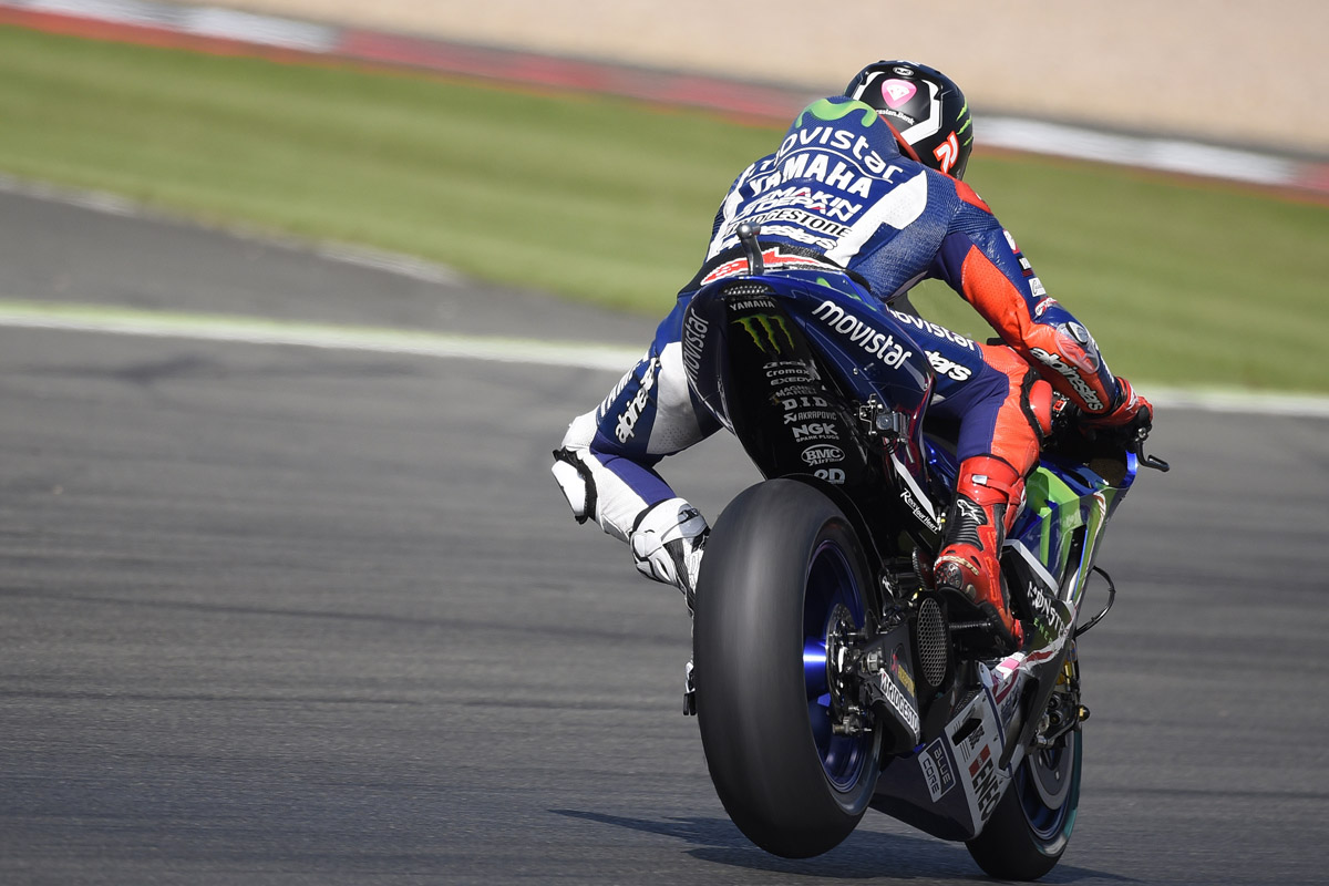 20150828_motoGP_rd12_Britishi_FP2_yfr_editorial_use_pictures_JL99_02b.jpg