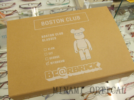 BOSTON CLUB × BE@RBRICK