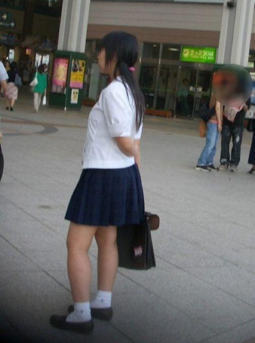 ミニスカJKを盗撮した街撮り画像でエロへの準備運動しようぜ! 36枚 No.4