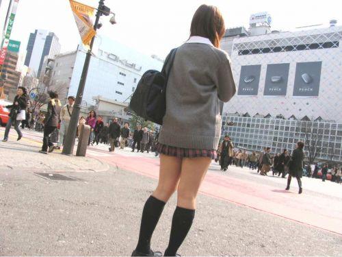 【シコシコ盗撮画像】 JKの太ももが純粋にエロイ! 39枚 No.13