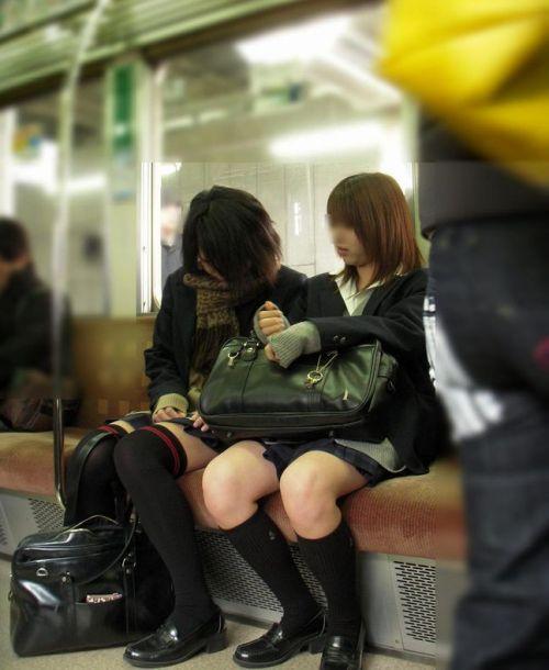 【ムチムチエロ】電車通学で座ってるJKを盗撮した画像集めたった 36枚 No.8