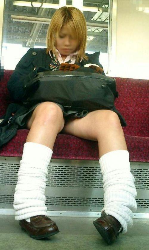 【ムチムチエロ】電車通学で座ってるJKを盗撮した画像集めたった 36枚 No.13