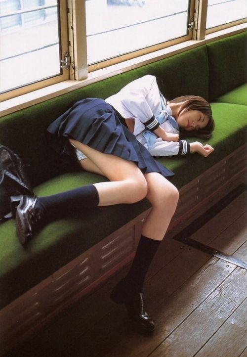 【ムチムチエロ】電車通学で座ってるJKを盗撮した画像集めたった 36枚 No.15