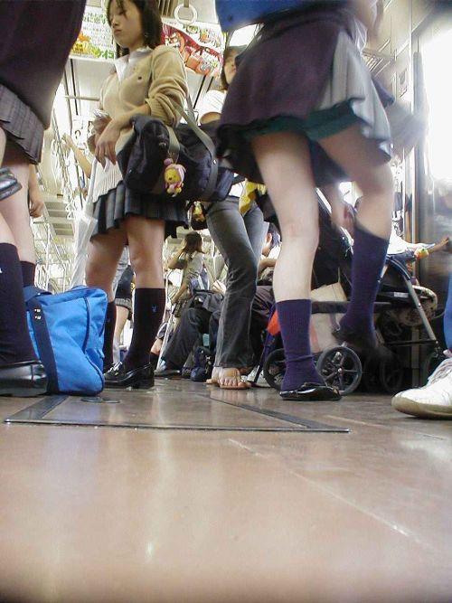 【ムチムチエロ】電車通学で座ってるJKを盗撮した画像集めたった 36枚 No.24