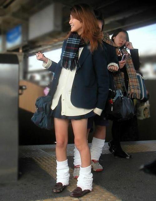 【ムチムチエロ】電車通学で座ってるJKを盗撮した画像集めたった 36枚 No.25