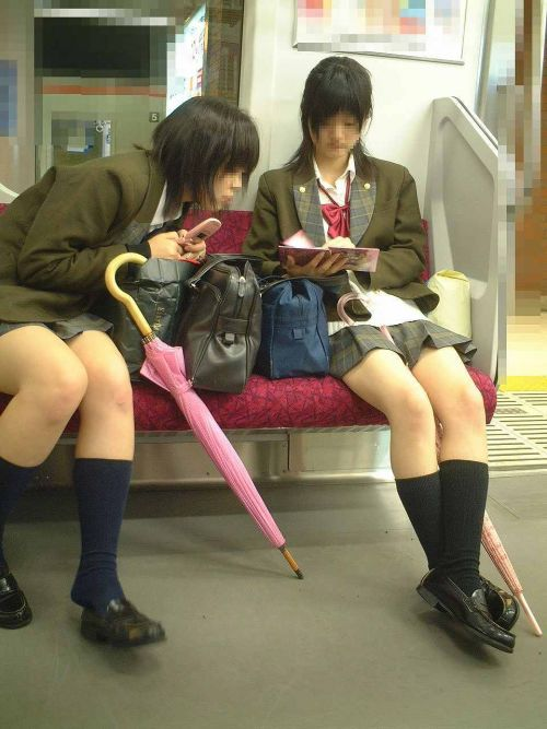 【ムチムチエロ】電車通学で座ってるJKを盗撮した画像集めたった 36枚 No.29