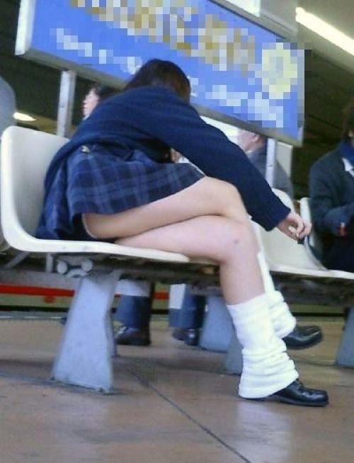 【ムチムチエロ】電車通学で座ってるJKを盗撮した画像集めたった 36枚 No.33