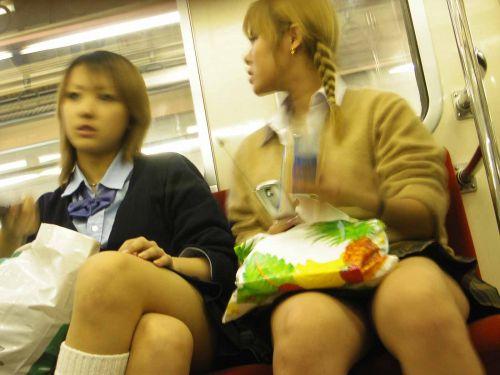 【ムチムチエロ】電車通学で座ってるJKを盗撮した画像集めたった 36枚 No.35