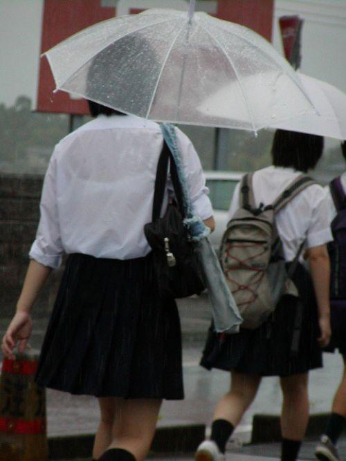 【画像】ブラウスが透けてる女子高生のブラ紐が大人っぽくてエロい 38枚 No.3
