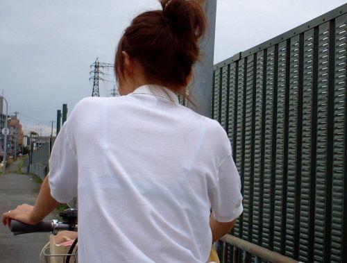 【画像】ブラウスが透けてる女子高生のブラ紐が大人っぽくてエロい 38枚 No.14