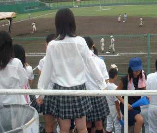 【画像】ブラウスが透けてる女子高生のブラ紐が大人っぽくてエロい 38枚 No.35