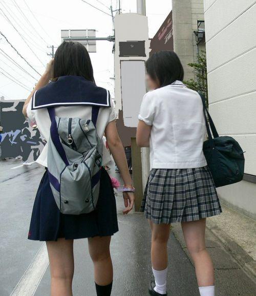 女子高生の街撮り盗撮画像のチョイエロで半勃起だわ! 39枚 No.4