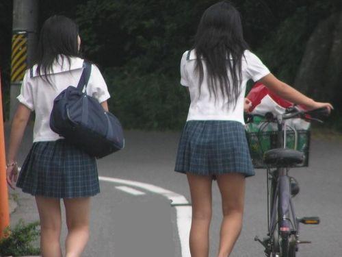 女子高生の街撮り盗撮画像のチョイエロで半勃起だわ! 39枚 No.25