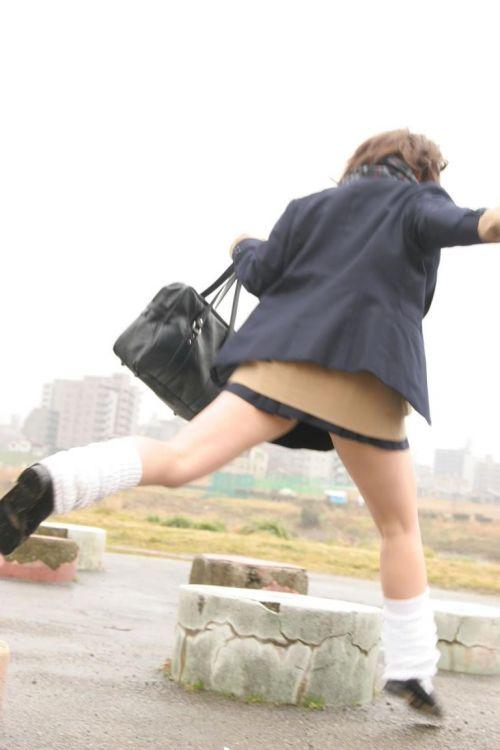 女子高生の街撮り盗撮画像のチョイエロで半勃起だわ! 39枚 No.19