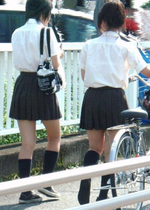 女子高生の街撮り盗撮画像のチョイエロで半勃起だわ! 39枚 No.21