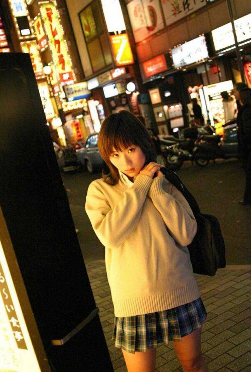 女子高生の街撮り盗撮画像のチョイエロで半勃起だわ! 39枚 No.23