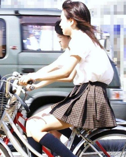 女子高生の街撮り盗撮画像のチョイエロで半勃起だわ! 39枚 No.26