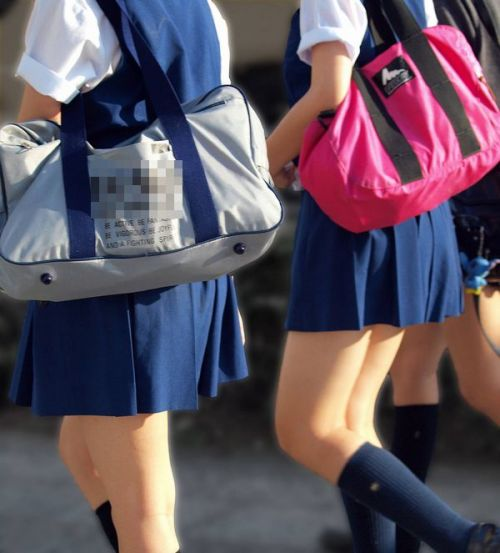 女子高生の街撮り盗撮画像のチョイエロで半勃起だわ! 39枚 No.28