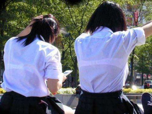 【画像あり】 透けブラ女子高生のエロ画像まとめたよ! 38枚 No.36