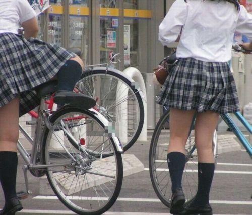 ムチムチ女子高生の街撮り盗撮画像まとめ 39枚 No.2