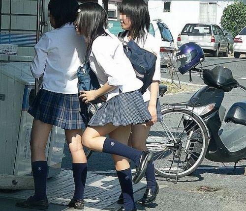 ムチムチ女子高生の街撮り盗撮画像まとめ 39枚 No.10