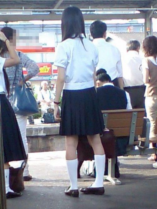 ムチムチ女子高生の街撮り盗撮画像まとめ 39枚 No.15
