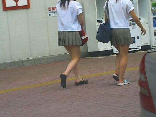 ムチムチ女子高生の街撮り盗撮画像まとめ 39枚 No.18