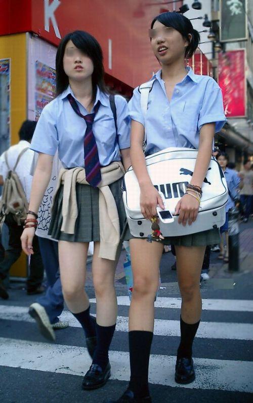 ムチムチ女子高生の街撮り盗撮画像まとめ 39枚 No.35