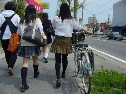 ムチムチ女子高生の街撮り盗撮画像まとめ 39枚 No.36