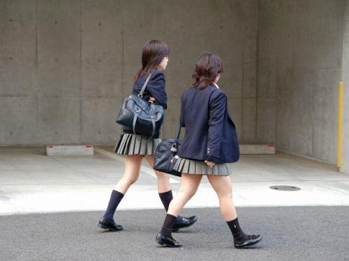 【盗撮画像】 テンション上がる女子高生のエロイ生足画像集めたで! 39枚 No.1