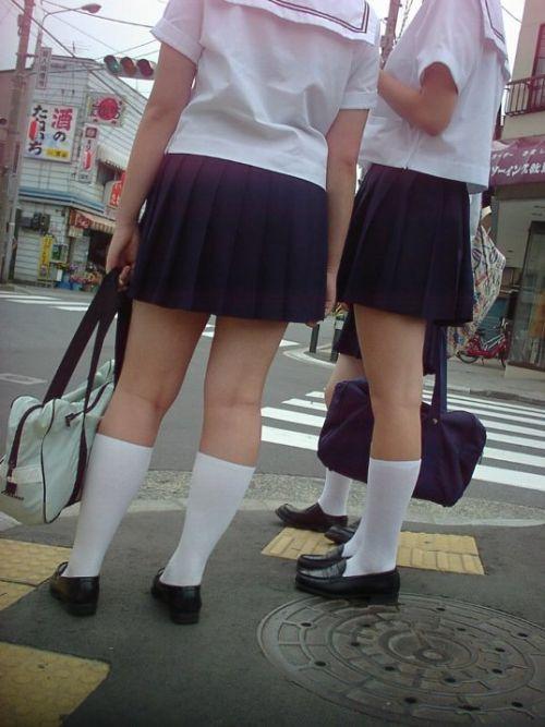【盗撮画像】テンション上がる女子高生のエロイ生足画像まとめ 39枚 No.13