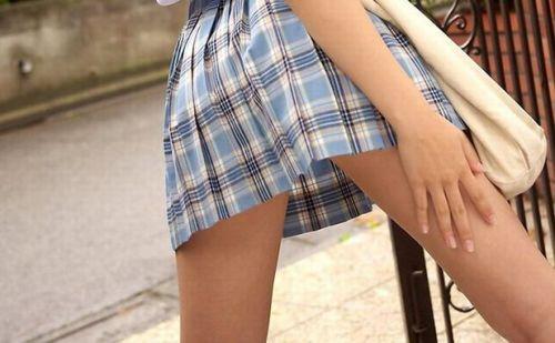 【盗撮画像】テンション上がる女子高生のエロイ生足画像まとめ 39枚 No.25